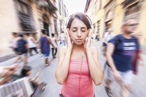 security tips awareness headphones